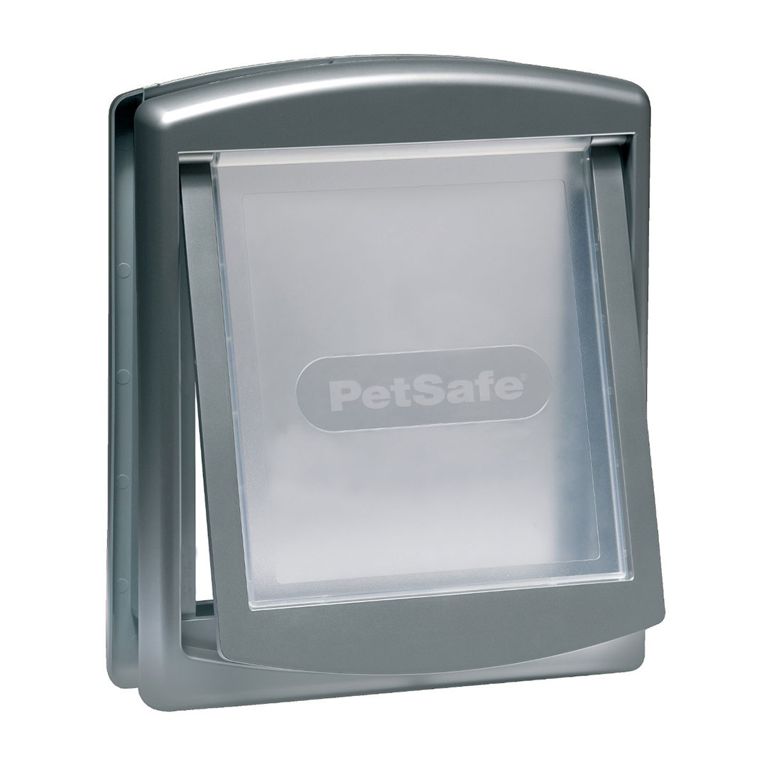 -757-medium-–-staywell®-original-2-way-pet-door-silvergrey